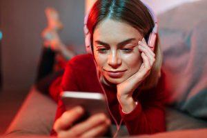 niños y adolescentes usar telefono moviles smartphone