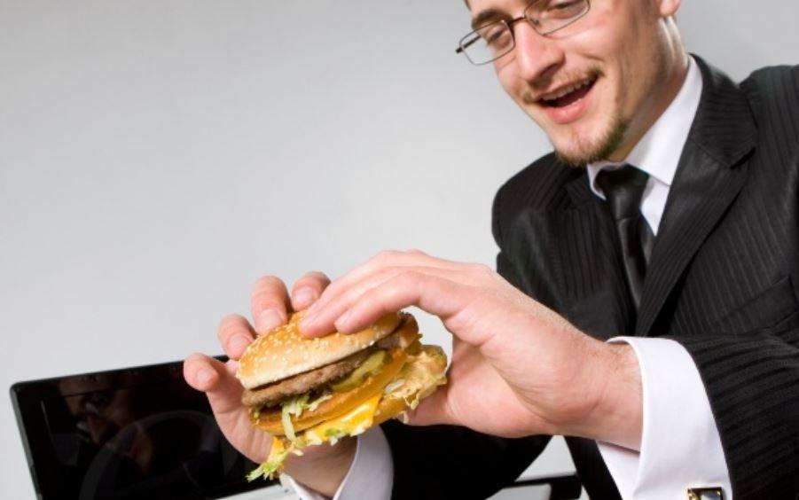 Relación entre el estrés laboral y obesidad